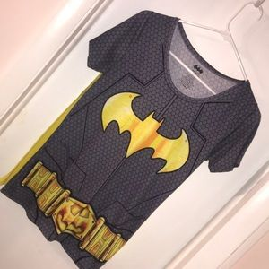 Batman shirt with removable cape